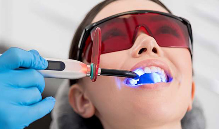 Dentista en Alcorcón y Móstoles - Clínica Stoma - Blanqueamiento dental
