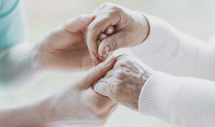 Dentista en Alcorcón y Móstoles - Clínica Stoma - Pacientes con Alzheimer