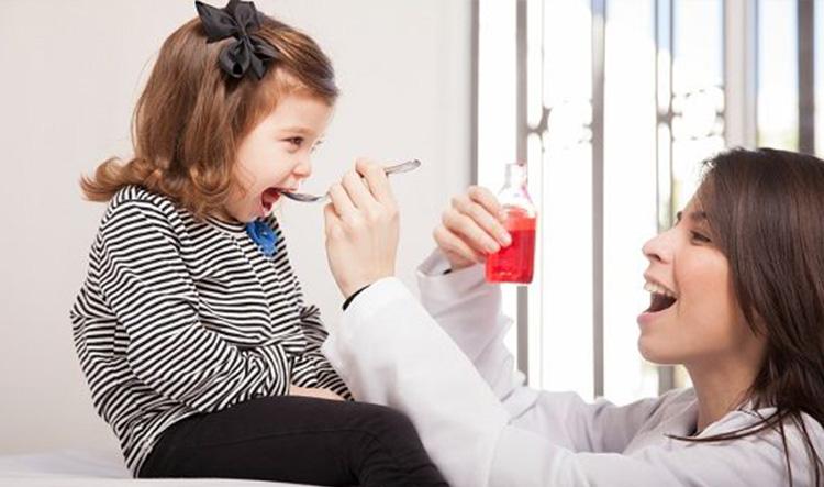 Dentista en Alcorcón y Móstoles - Clínica Stoma - Jarabes para la tos y la caries