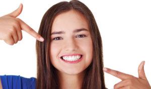 Ortodoncia invisible Invisalign en Móstoles y Alcorcón en Clínica Stoma - Adolescentes con Invisalign Teen