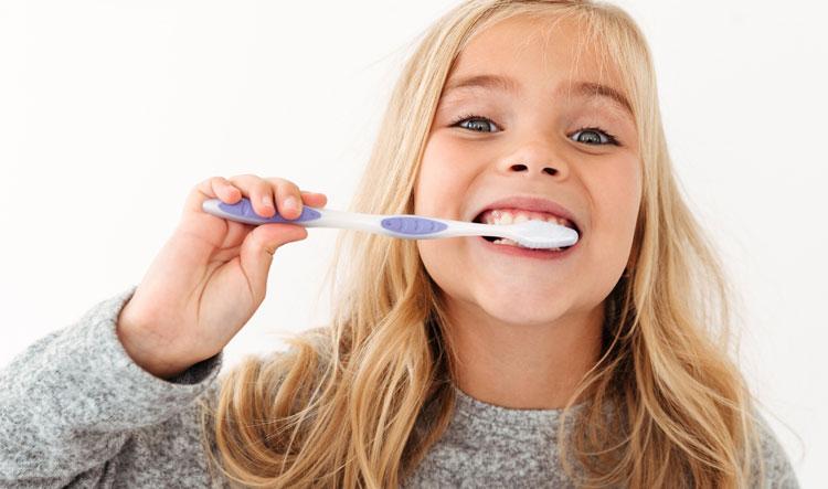 Implantes dentales en Móstoles y Alcorcón - Clínica Stoma - Medidas y consejos de higiene para la nueva normalidad