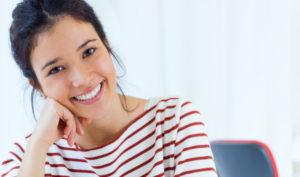 Implantes dentales en Móstoles y Alcorcón - Clínica Stoma - Ventajas de los implantes dentales