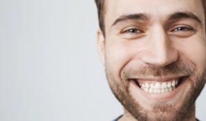 Implantes dentales en Alcorcón y Móstoles - Clínica Stoma - Día Mundial de la salud oral