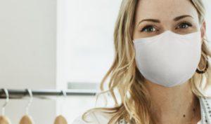 Implantes dentales en Alcorcón y Móstoles - Clínica Stoma - Tratamientos faciales para borrar las arrugas provocadas por la mascarilla anticontagios